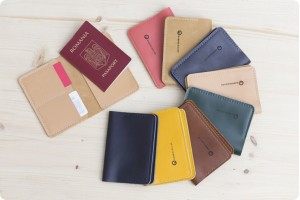 G15 passport leather case